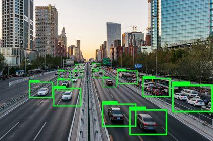 Voitures électriques, voitures autonomes... qui gagnera la bataille de la voiture de demain