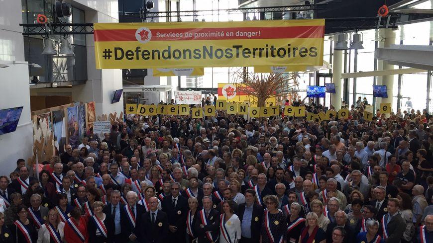 Elus et citoyens se sont rassemblés ce samedi à Bordeaux pour dénoncer le projet de métropolisation