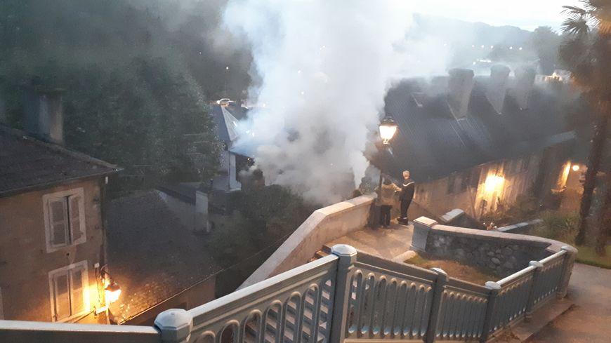 L'incendie mardi soir en contrebas du boulevard des Pyrénées