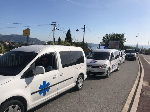 paralysie du trafic à Nice au passage de la manifestation des ambulanciers - Radio France