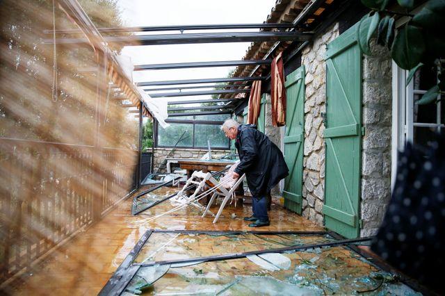 Mini tornade à Tanneron dans le Var