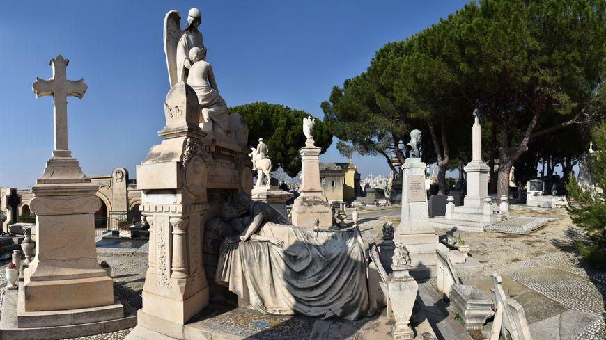 Le Cimetière St Pierre de Marseille, un véritable musée dans la verdure sur 63 hectares