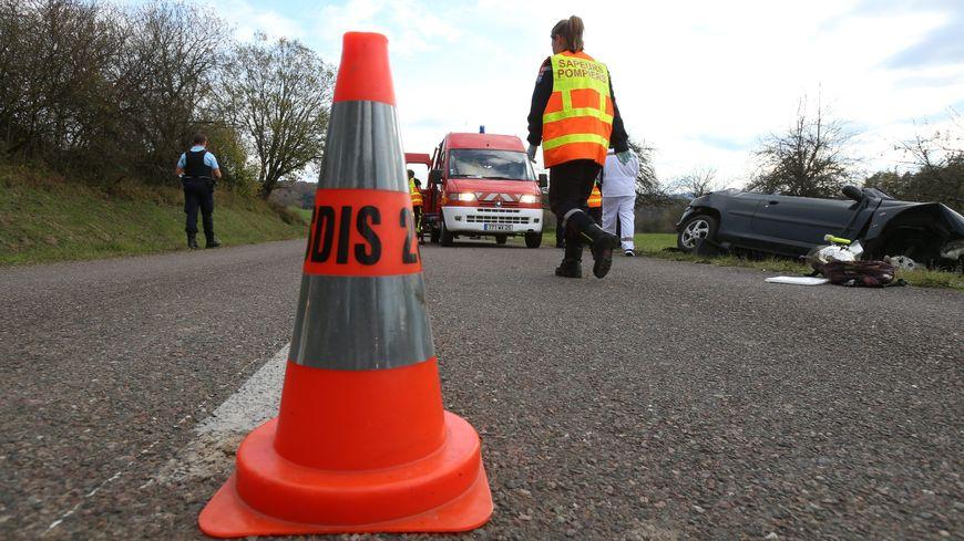Un accident entre deux voitures a fait neuf blessés dont 5 enfants, à Chambray-lès-Tours ce samedi après-midi (illustration).