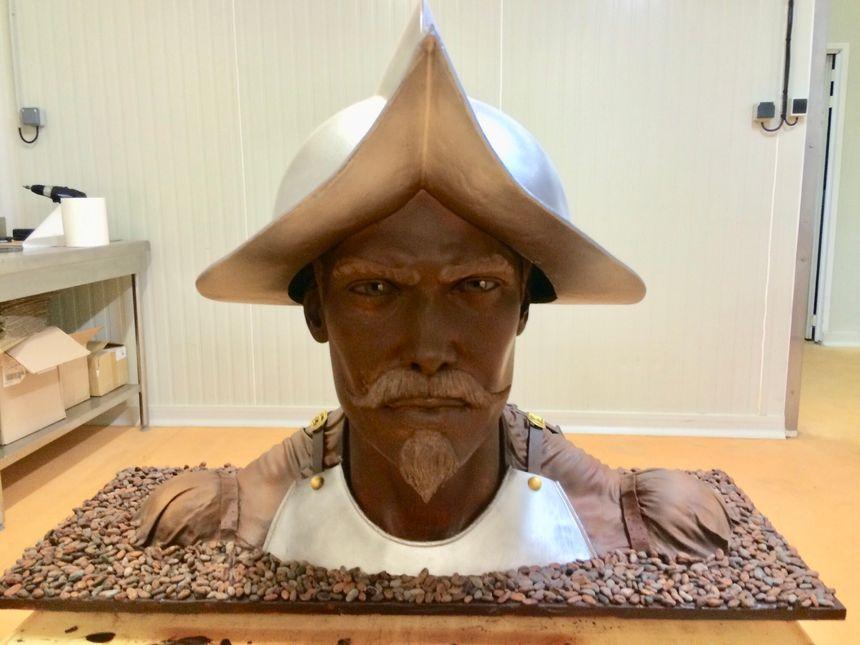 Cette superbe sculpture entièrement réalisée en chocolat sera exposée lors du salon du chocolat à Paris mais également lors du salon du livre gourmand de Périgueux