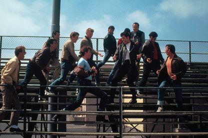 "John Travolta interprétant Danny Zucko et la chanson ""Summer Loving"" dans le film musical ""Grease""  de Randal Kleiser sorti en 1978 !"