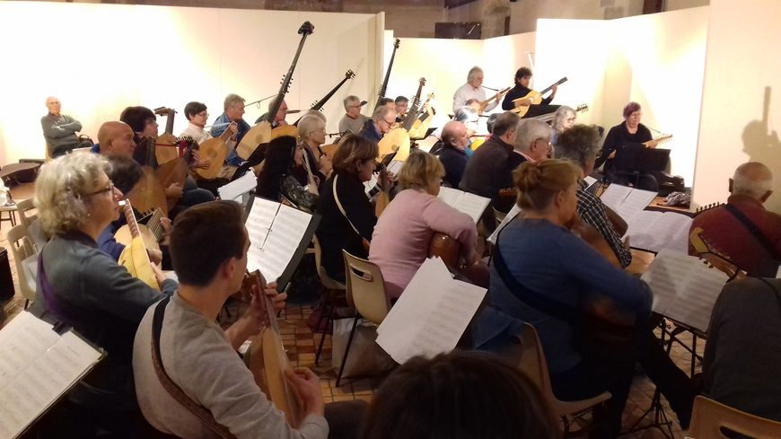 Les 47 luthistes ont répété pendant 3 jours à Laval.