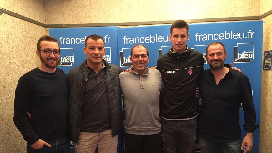 De g à d : Antoine Fontanelle, Bernard Goutta, Jean-Pierre Morel, Rémy Descamps et Jean-Luc Guillet