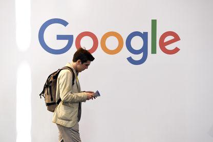 Logo de Google lors de l'expo Vivatech à Paris, en mai 2018