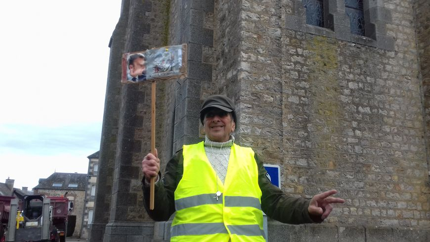 Daniel, le gilet jaune de Neuilly-le-Vendin en Mayenne