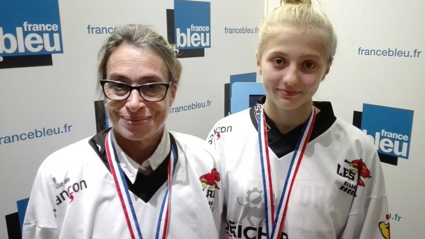 Bénédicte Leclerc, la Présidente et Manon Baverel, une des joueuses du Besançon Doubs Hockey Club