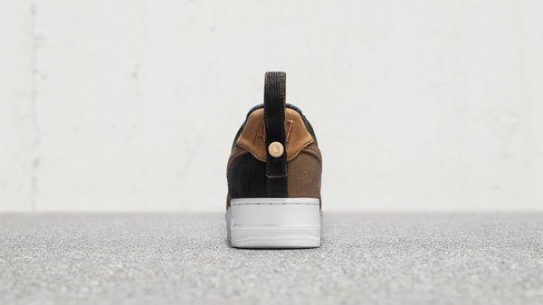 Nike et Carhartt WIP sortent une nouvelle collection de