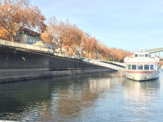 Cologne : des croisières touristiques... à quai