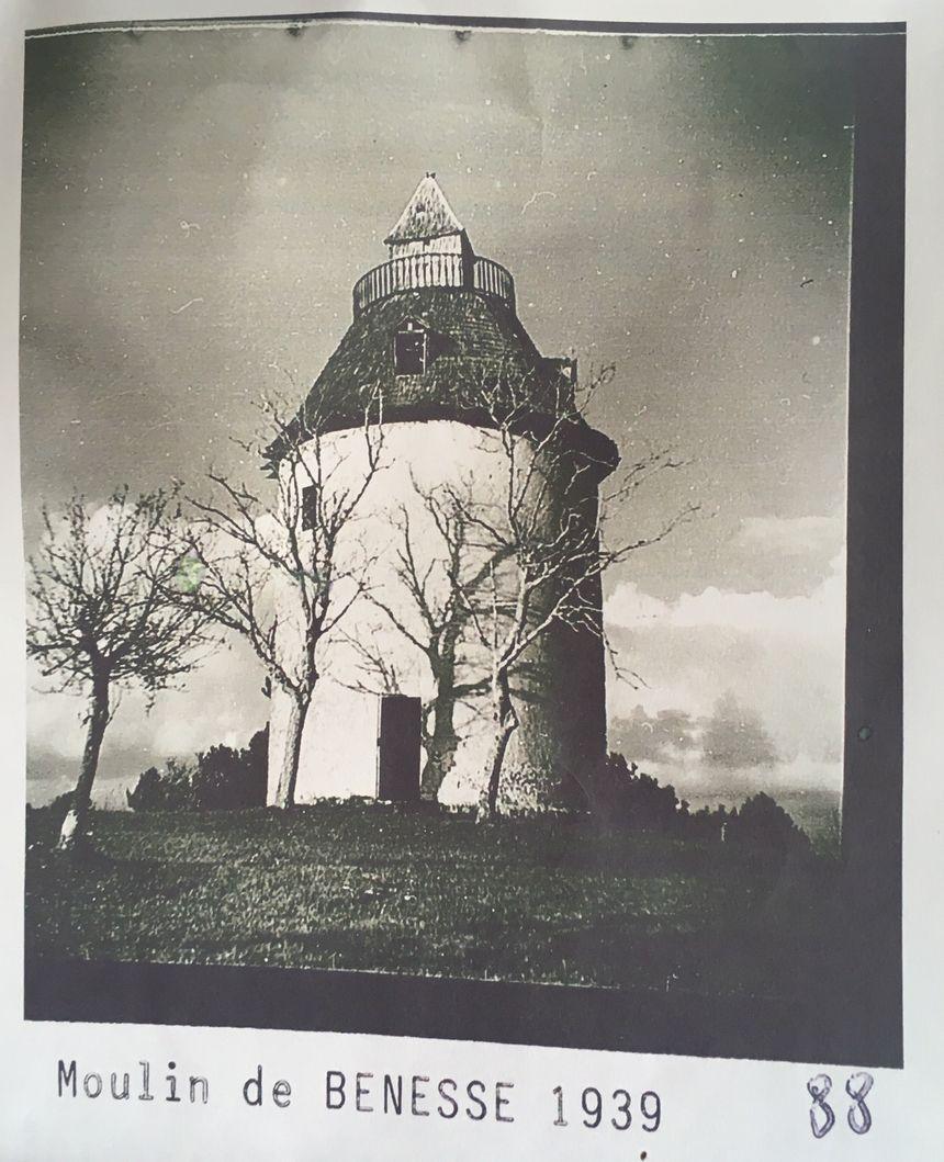 Le moulin à vent de Bénesse-les-Dax en 1939.