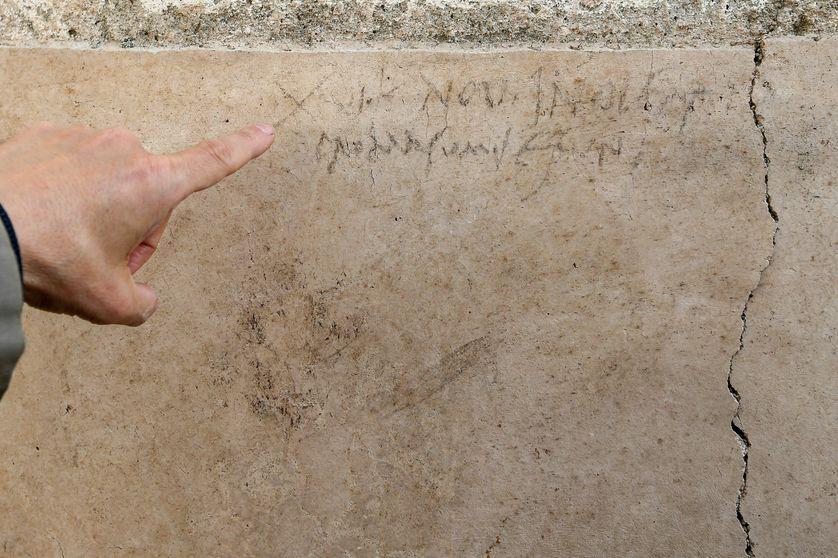 Le graffiti qui questionne la date précise d'éruption du Vésuve