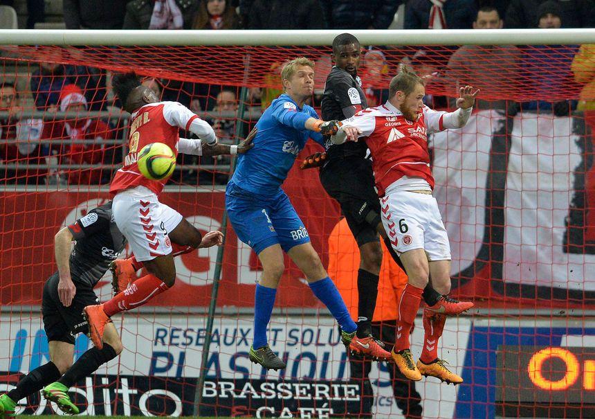 Le dernier Reims - Guingamp en mars 2016 perdu 1 à 0 par les Rémois.