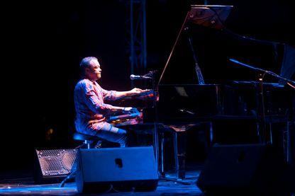 Mario Canonge, pianniste spécialisé dans la musique antillaise et caribéenne, le jazz et le zouk