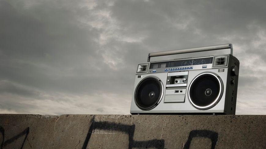 radio com