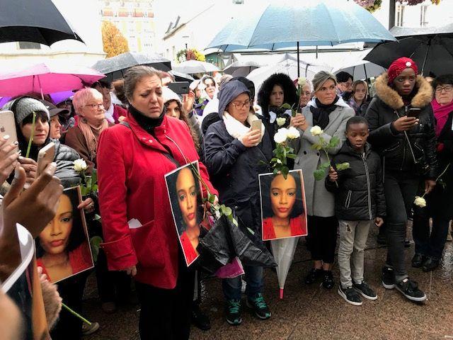 Marche blanche à Aubervilliers (93) en hommage à Marie, 28 ans, tuée par son ex-compagnon
