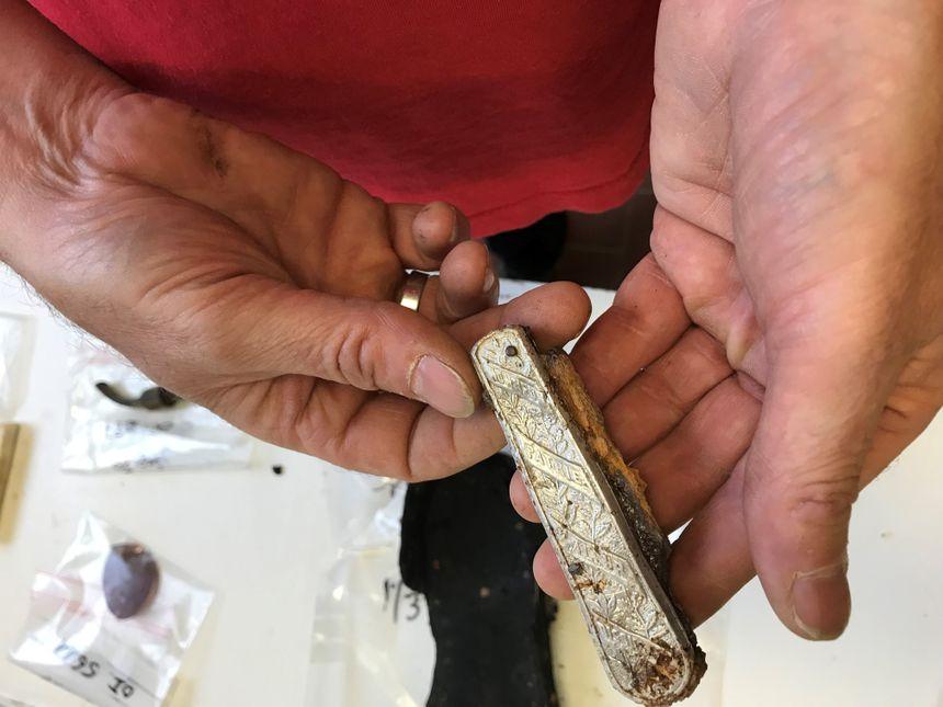 Plusieurs objets du quotidien des soldats ont été retrouvés.