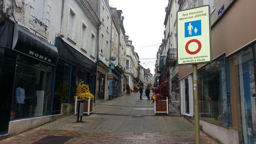 La rue du Maréchal Joffre à Vierzon