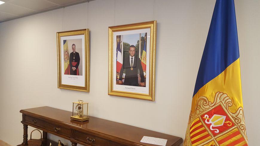Les deux co-princes d'Andorre, le président français et l'évêque d'Urgell