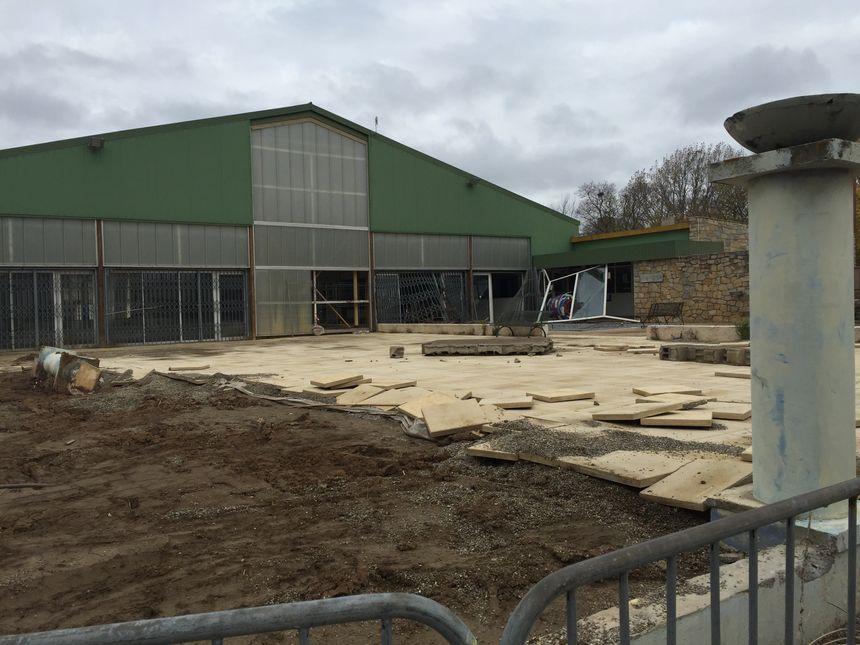 La piscine de Trèbes (Aude) n'est pas prête d'être ouverte au public