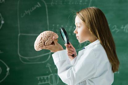 Quelles questions se posent les enfants sur notre cerveau ?