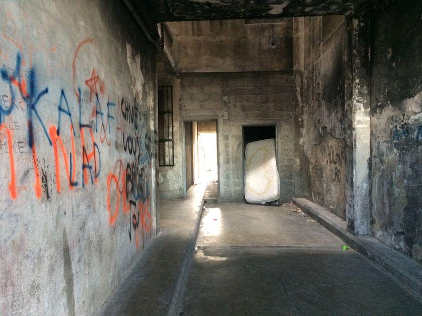 Entrée d'immeuble, 3e arrondissement de Marseille