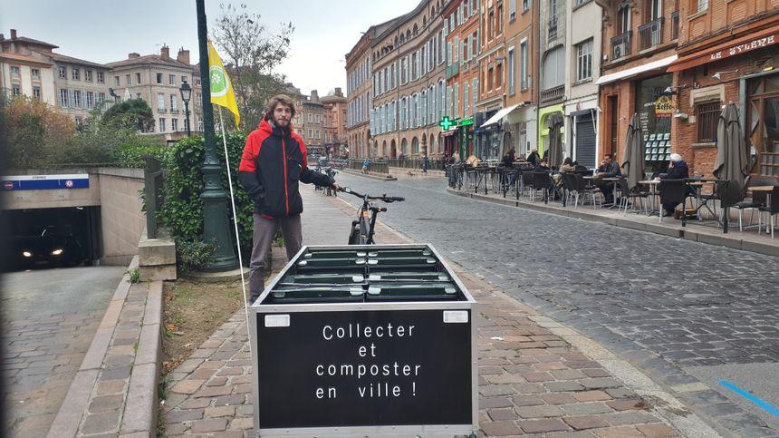 Mathieu récupère jusqu'à 150 à 200 bio-déchets par jour avec son vélo électrique