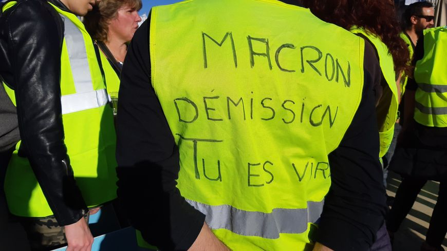 Un gilet jaune à Montpellier.