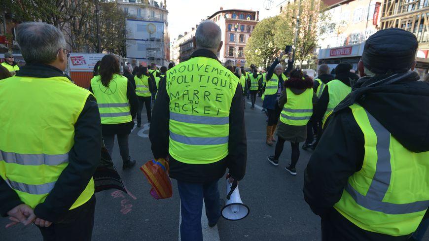 Des équipes de BFMTV et CNews ont été ciblées par des manifestants à Toulouse samedi après-midi