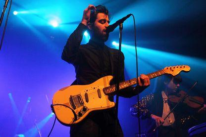 Jinte Deprez, du groupe Balthazar (il a également un projet solo sous le nom de J. Bernardt), fors du Pias Nites au Village Underground (26 janvier 2015, Londres, Royaume-Uni)