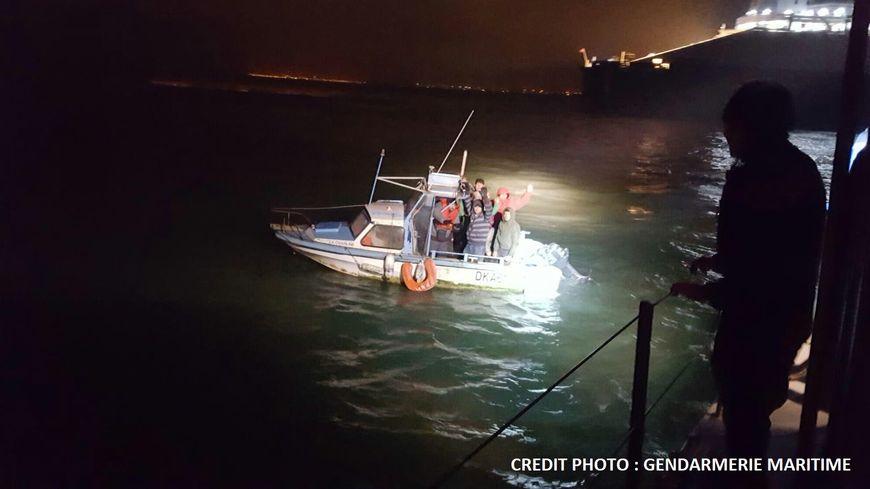 Neuf migrants naviguaient sur un bateau de pêche-promenade, au large de Dunkerque