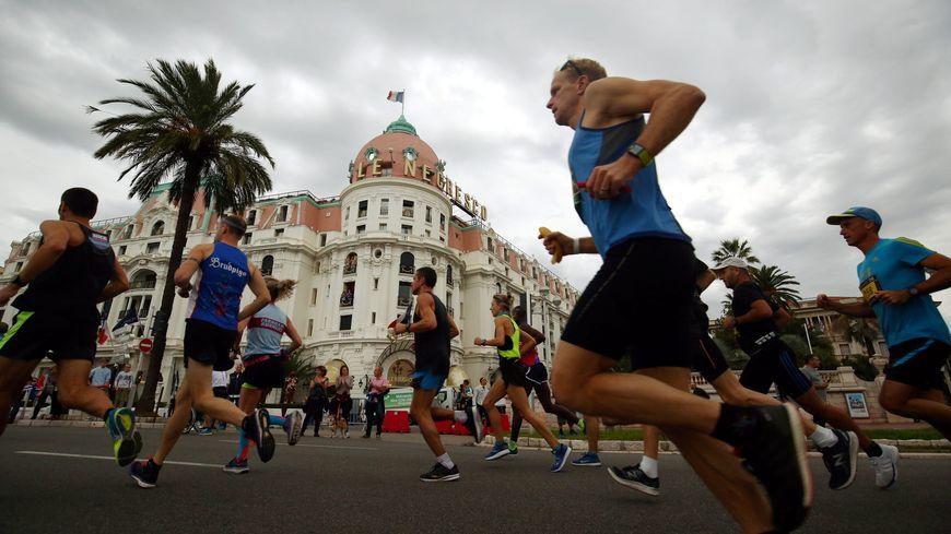 Le marathon s'est couru sous la grisaille