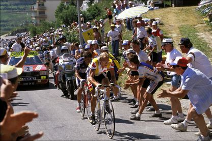 Laurent Fignon, en plein Tour de France, le 20 juillet 1989.
