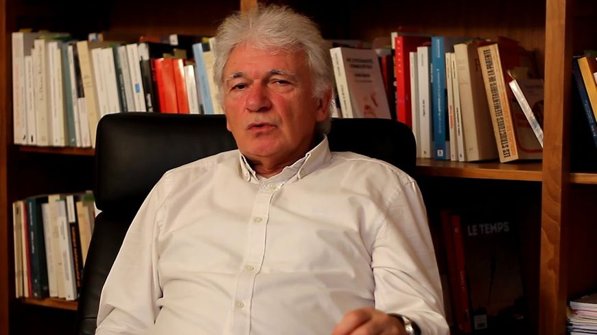 Jean-Yves Broudic est psychanalyste et sociologue.