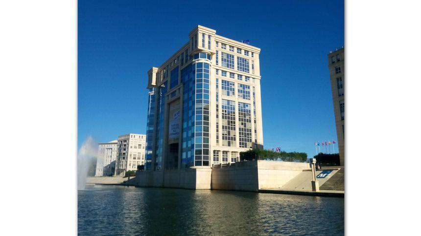 L'ancien hôtel de région de Montpellier est trop petit pour accueillir tous les élus