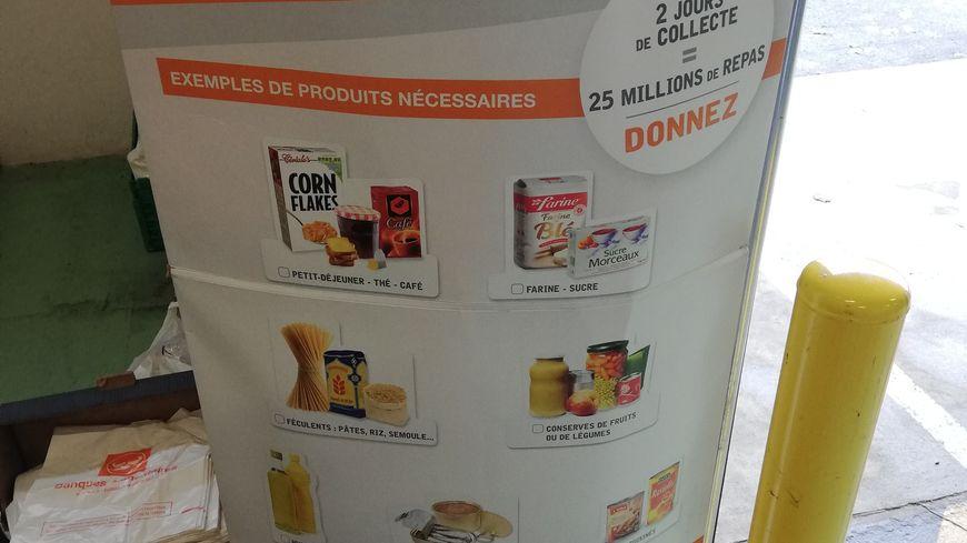 Les produits à donner : denrées non périssables comme le sucre, la farine, les pâtes ou le riz