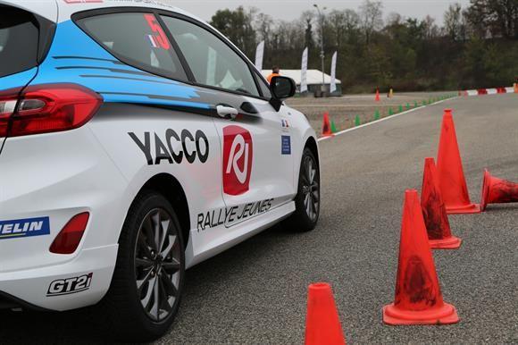 La compétition s'est déroulée au volant de Ford Fiesta