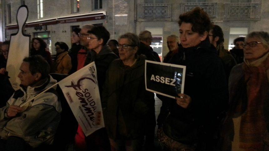 Le rassemblement avait lieu à l'initiative de l'association Solidarité Femmes