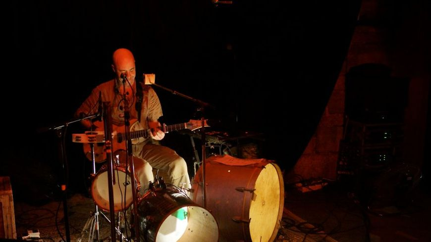 Joseph Macera, multi instrumentiste !