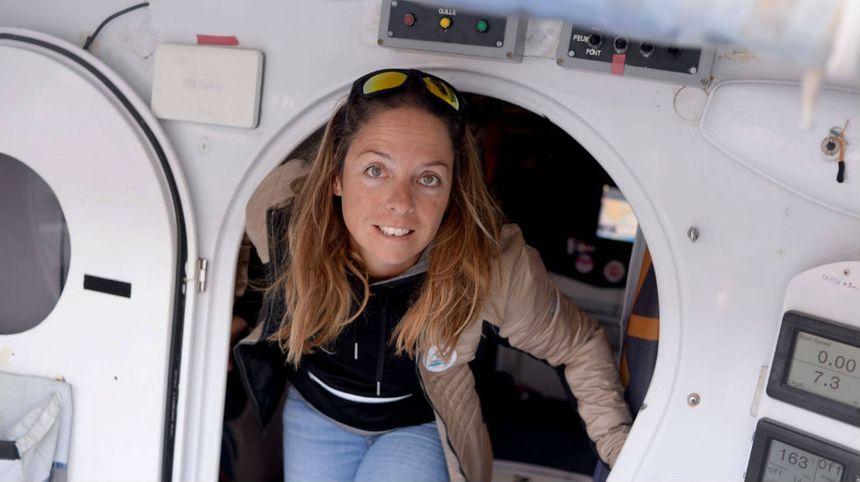 La Biotoise Alexia Barrier à bord de son bateau 4MYPLANET