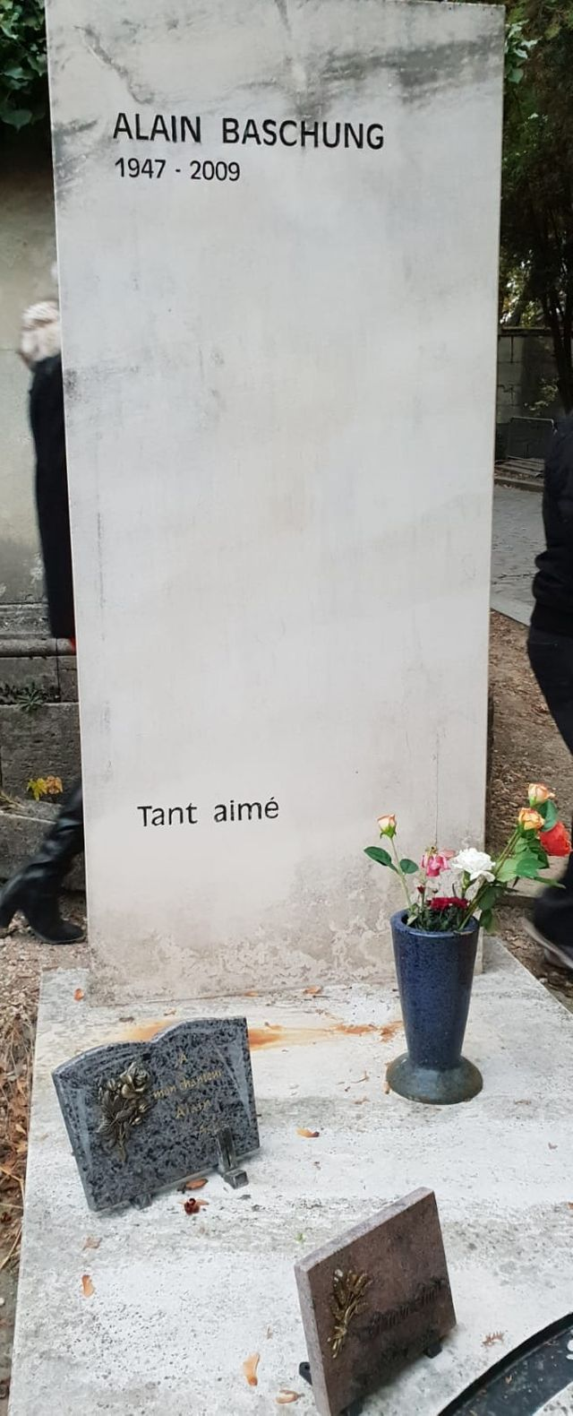 Tombe d'Alain Bashung
