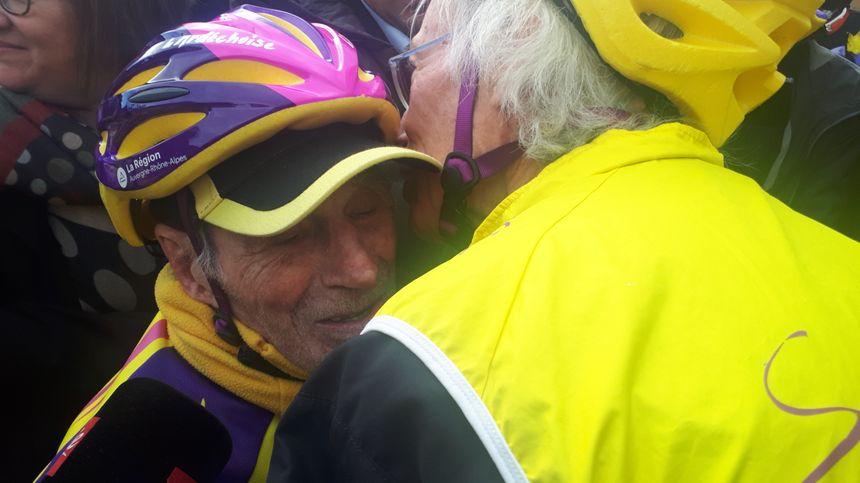 Gérard Mistler, fidèle compagnon de Robert Marchand, l'a suivi tout au long des 20 km.