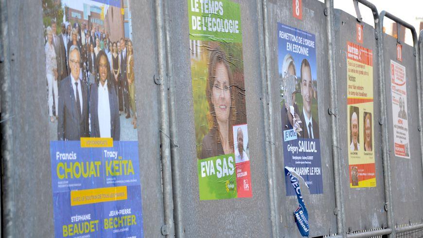 Premier tour de l'élection législative partielle dans la 1ère circonscription de l'Essonne