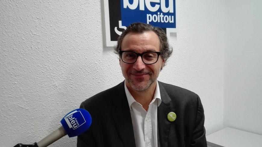 Emery Jacquillat, président de la Camif, fait de la résistance au black friday
