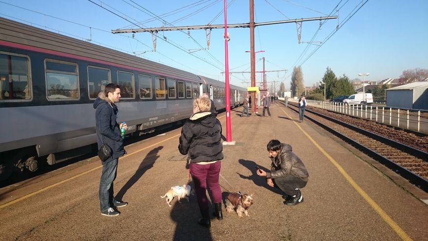 La Région Centre Val-de-Loire ne donne plus de date pour la réouverture aux voyageurs de la ligne SNCF Orléans-Chartres