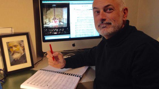 Frédéric Le Du, fondateur d'Accès Culture et descripteur d'opéra.