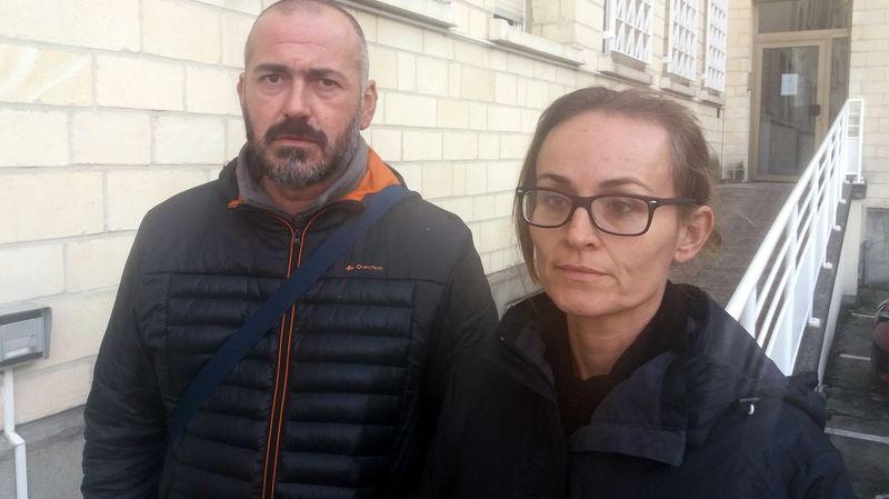 Les parents de Léah, mercredi à la sortie du Tribunal Administratif de Caen