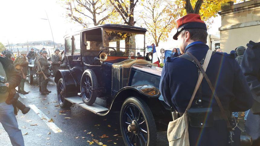 À Épernay, voiture personnelle du Maréchal Joffre utilisée durant toute la guerre.